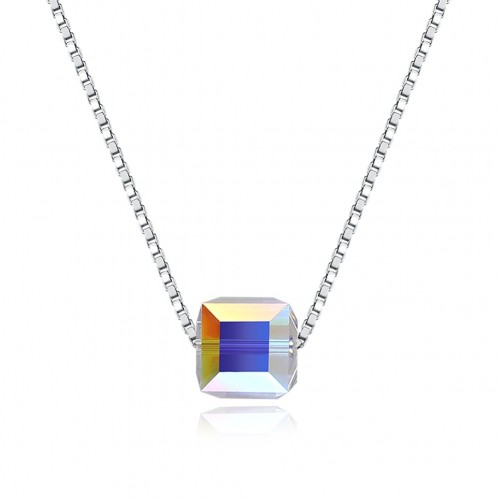 Simple silver necklace from swarovski element square.